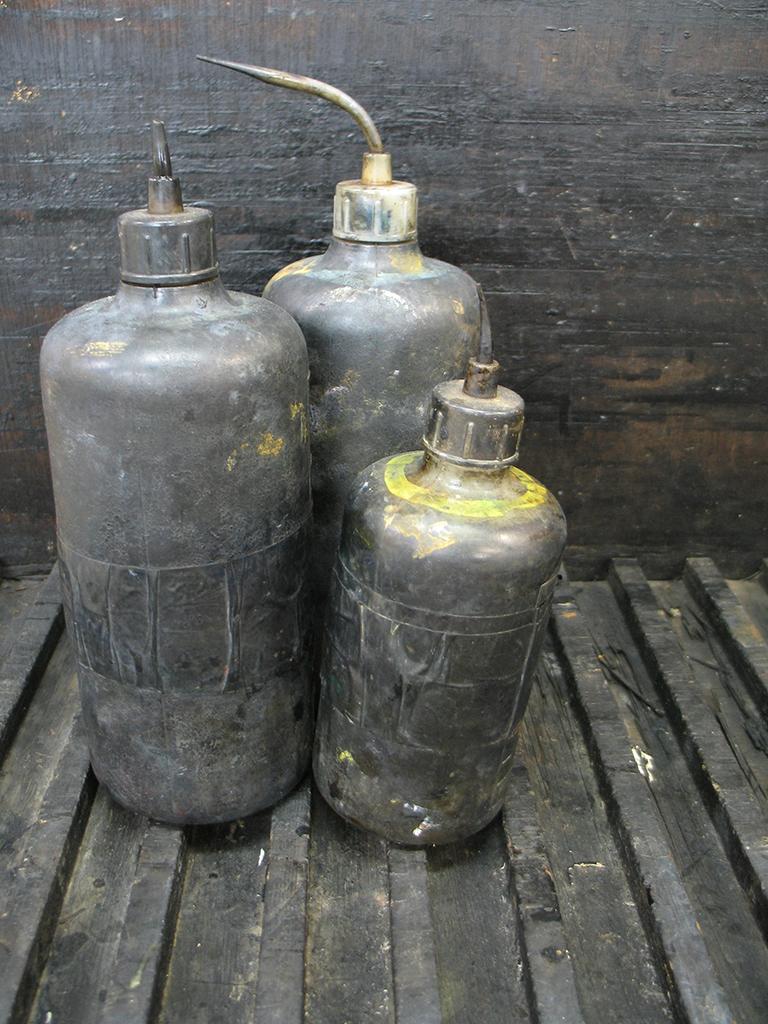 LösungsmittelFlaschen
